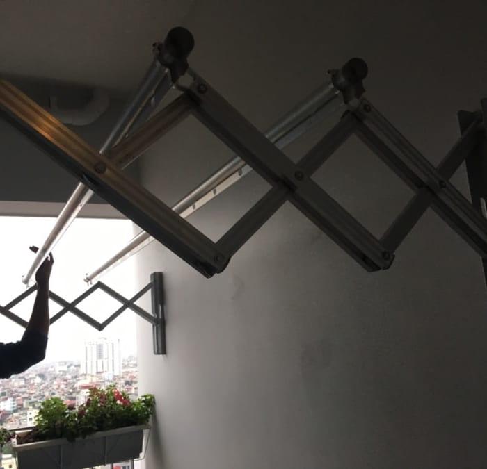 Lắp đặt giàn phơi xếp tường Đài Loan nhà chị Huyền P1610 Toà A Chung cư The Golden Plam 21 Lê Văn Lương