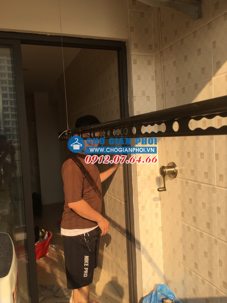 Lắp bộ giàn phơi Sankaku S06 tòa tháp Tòa A chung cư Thanh Xuân Building